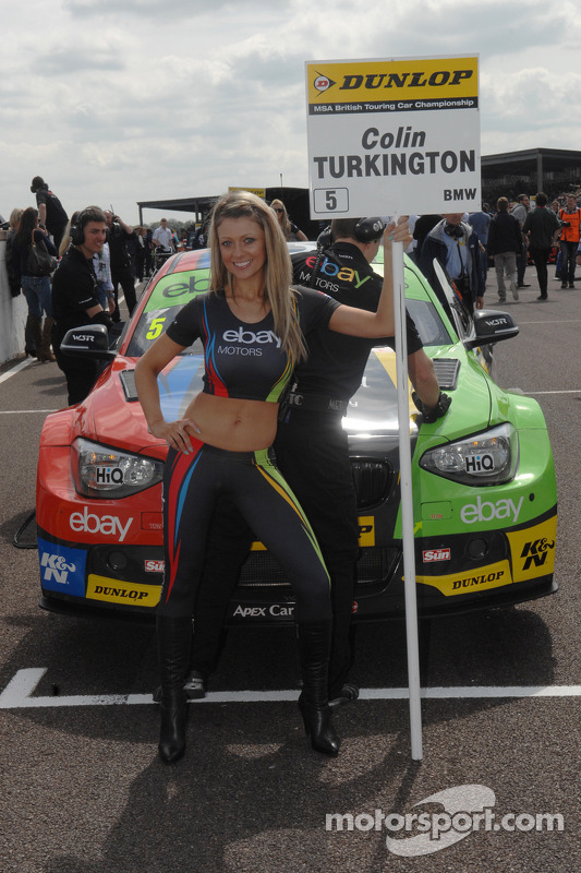 ebay motors grid girl at thruxton. Black Bedroom Furniture Sets. Home Design Ideas