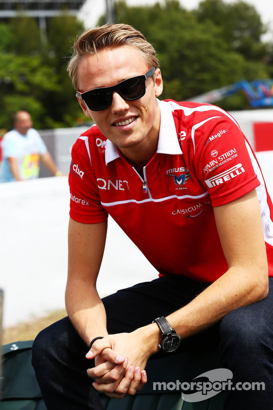 Max Chilton, Marussia F1 Team, no desfile de pilotos