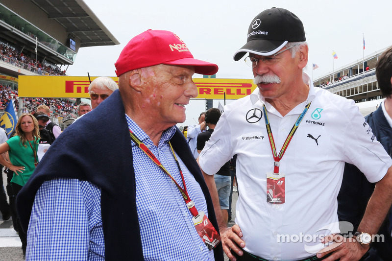 (L to R): Niki Lauda, Mercedes Non-Executive Chairman with Dr. Dieter Zetsche, Daimler AG CEO on the grid