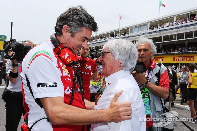 (Soldan Sağa): Marco Mattiacci, Ferrari Takım Müdürü ve Bernie Ecclestone, gridde