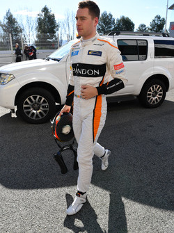 Stoffel Vandoorne, McLaren returns to the pits