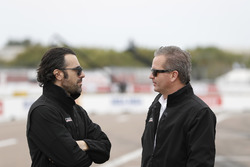 Scott Dixon, Chip Ganassi Racing Honda team, Dario Franchitti and Scott Harner