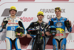 Podium: segundo, Lorenzo Baldassarri, Pons HP 40, ganador, Francesco Bagnaia, Sky Racing Team VR46, tercero, Alex Marquez, Marc VDS