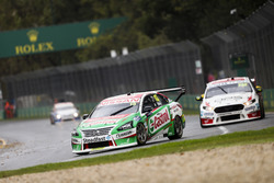 Rick Kelly, Nissan Motorsport Nissan, leads Will Davison, 23Red Racing Ford
