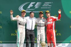 Podium: second place Nico Rosberg, Mercedes AMG F1, Peter Bonnington,  Mercedes AMG F1 race engineer, Race winner Lewis Hamilton,  Mercedes AMG F1, third place Sebastian Vettel, Ferrari