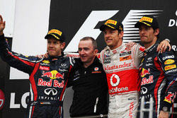 Podium: Sebastian Vettel, Red Bull Racing, Paddy Lowe, McLaren Technical Director, Jenson Button, McLaren and Mark Webber, Red Bull Racing
