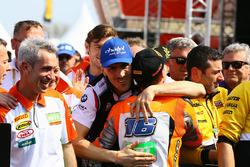 Le vainqueur Jules Cluzel, avec Loris Baz, Althea Racing