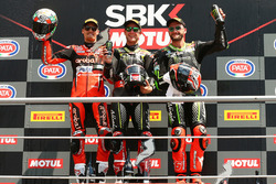 Podium: race winner Jonathan Rea, Kawasaki Racing, second place Chaz Davies, Aruba.it Racing-Ducati SBK Team, third place Tom Sykes, Kawasaki Racing