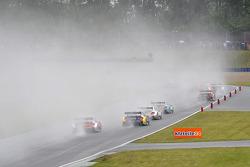 Oschersleben'de yağmurlu yarış