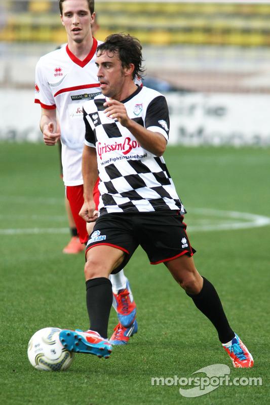 Fernando Alonso, Ferrari yardım maçında