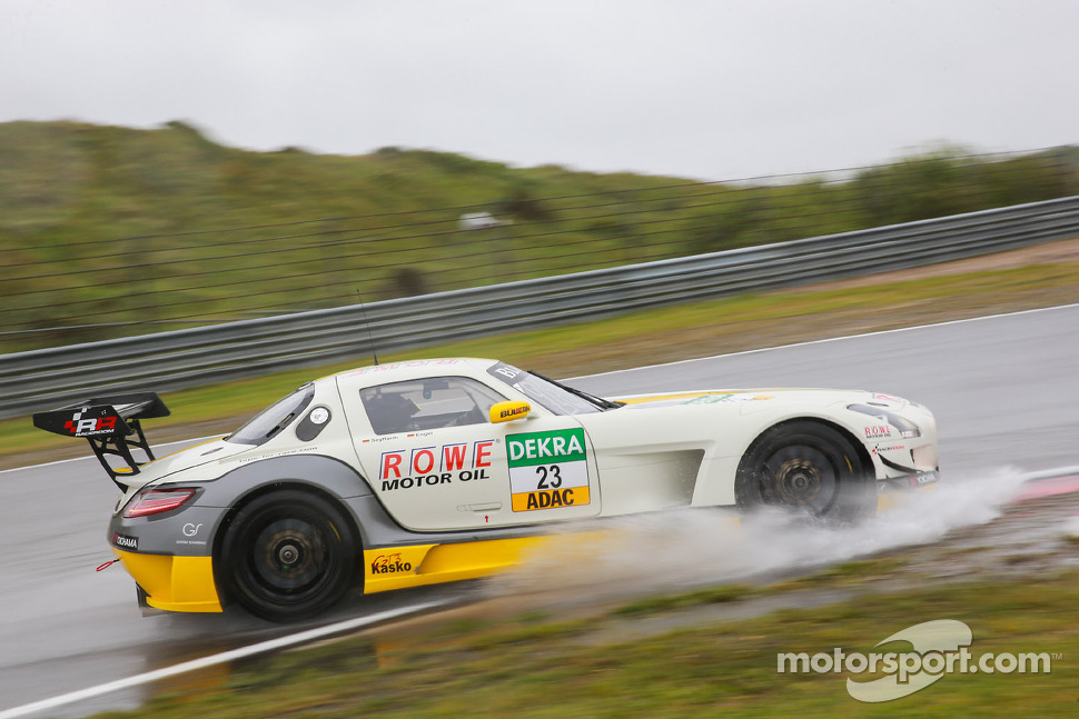 #23 ROWE Racing Mercedes-Benz SLS AMG GT3: Maro Engel, Jan Seyffarth
