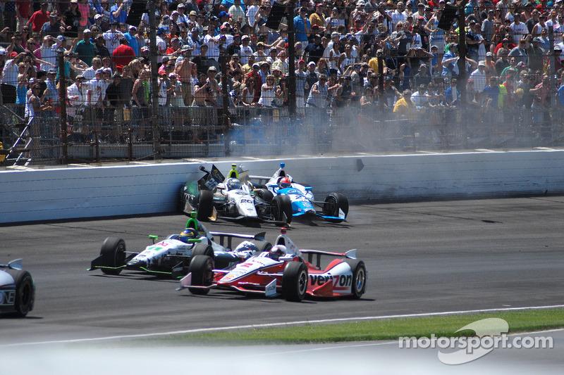 Ed Carpenter, Ed Carpenter Racing Chevrolet ve James Hinchcliffe, Andretti Autosport Honda kazası