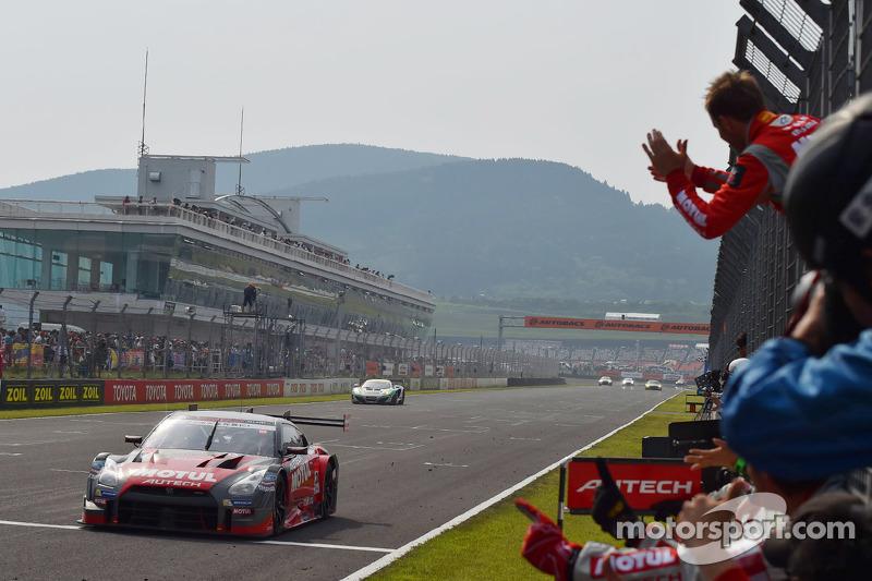 #23 Nismo Nissan GT-R: Tsugio Matsuda, Ronnie Quintarelli conquista a vitória