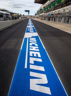 Novo Michelin no pitlane