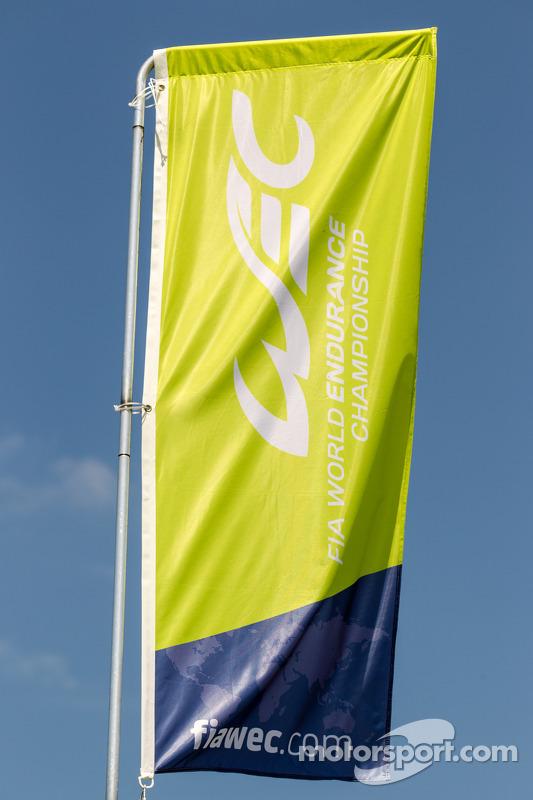 WEC World Endurance Championship logo e bandiera