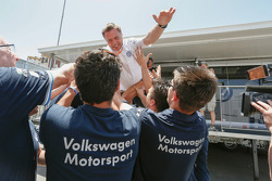 Jost Caputo celebrates with VW team