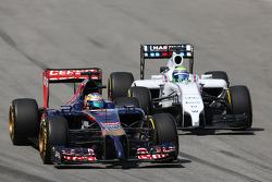 Jean-Eric Vergne, Scuderia Toro Rosso STR9; Felipe Massa, Williams FW36