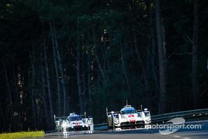 #1 Audi Sport Team Joest Audi R18 E-Tron Quattro: Lucas Di Grassi, Loic Duval, Tom Kristensen, #14 Porsche Team Porsche 919 Hybrid: Romain Dumas, Neel Jani, Marc Lieb