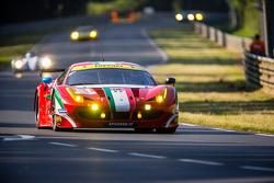 #81 AF Corse Ferrari 458 Italia: Steve Wyatt, Michele Rugolo, Sam Bird