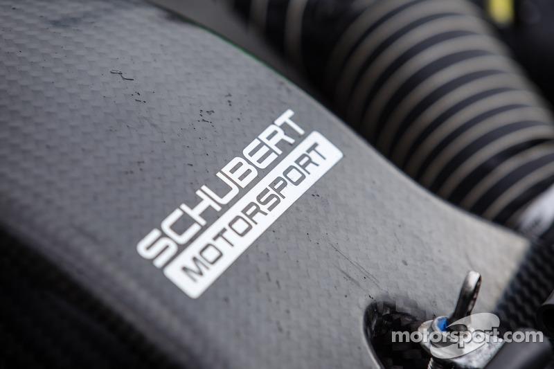 #19 Schubert Motorsport 宝马 Z4 GT3 细节