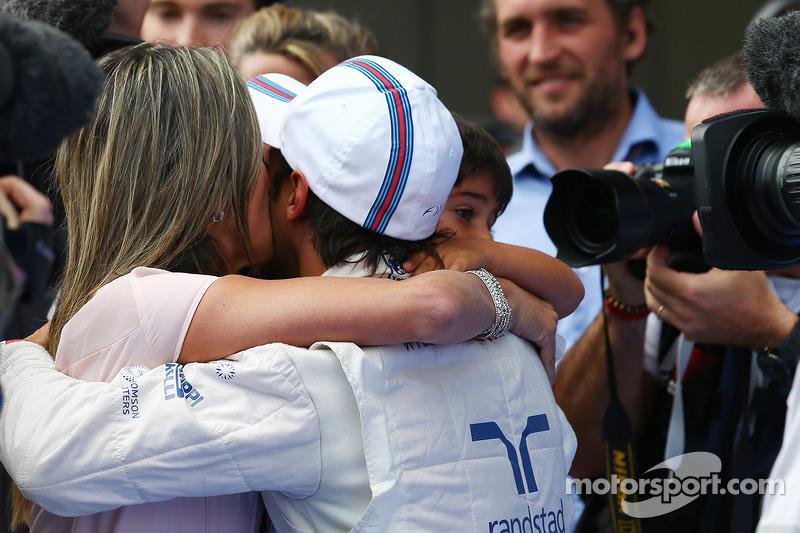 Felipe Massa, Williams ve oğlu Felipinho Massa, eşi Rafaela Bassi