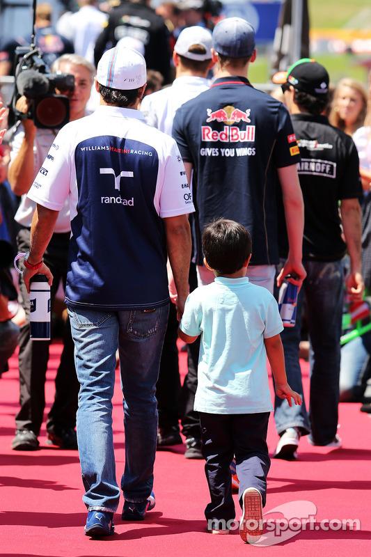 Felipe Massa, Williams ve oğlu Felipinho Massa, pilot geçiş töreninde