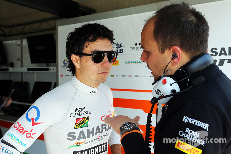 (L to R): Sergio Perez, Sahara Force India F1 VJM07 with Gianpiero Lambiase, Sahara Force India F1 Engineer