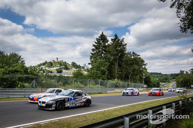 Via: #181 Adrenalin Motorsport BMW Z4 3.0si: Christian Büllesbach, Christian Drauch, Werner Gusenbauer, Josef Stengel
