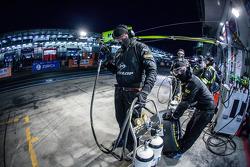 Walkenhorst Motorsport , meccanici pronti per un pit stop
