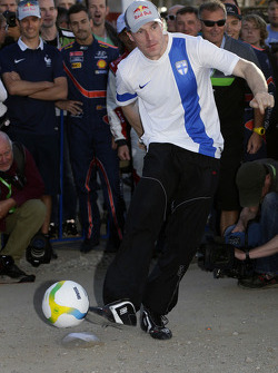 Jari-Matti Latvala plays football