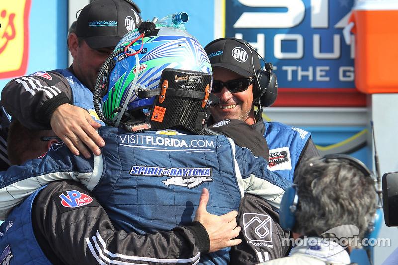 Winning Spirit of Daytona, il team festeggia