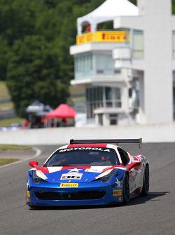 #96 Ferrari of Fort Lauderdale: Victor Gomez