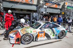 进站:#75 Prospeed Competition,保时捷 911 GT3 RSR (997): François Perrodo, Emmanuel Collard, Markus Palttala