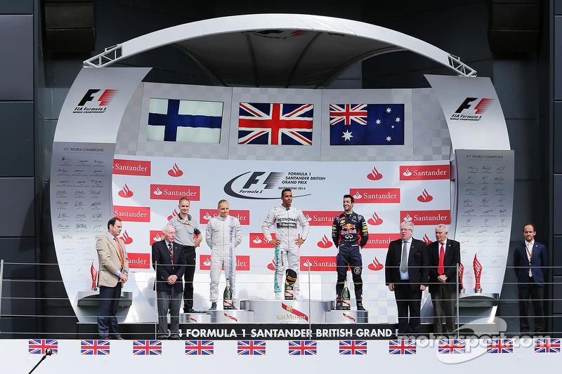 Il podio, Nico Rosberg Mercedes AMG F1, secondo; Lewis Hamilton, Mercedes AMG F1, vincitore della gara; Daniel Ricciardo, Red Bull Racing, terzo; Valtteri Bottas