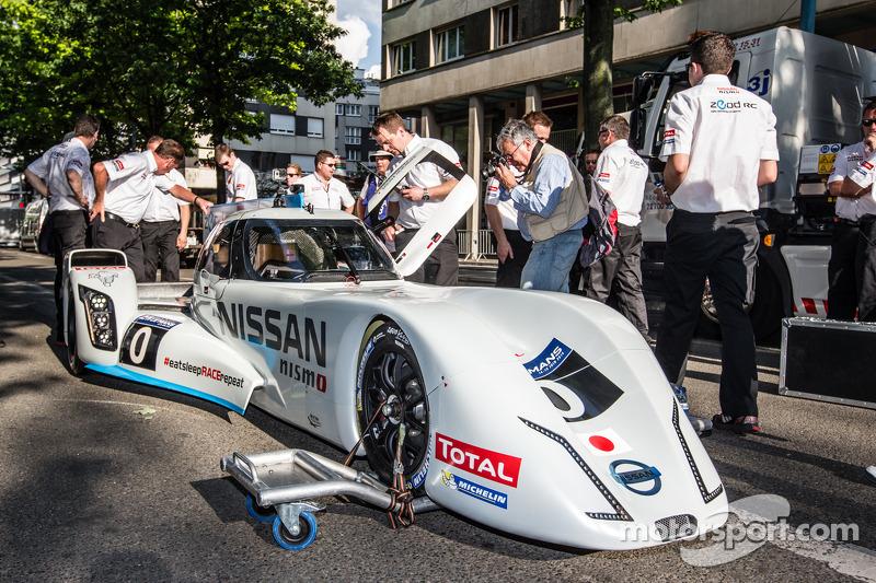 #0 Nissan Motorsports Global Nissan Zeod RC