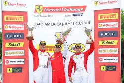CS podium: winner Wei Lu, second place Chris Ruud, third place Carlos Conde