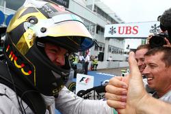 Vencedor da corrida Nico Rosberg, Mercedes AMG F1