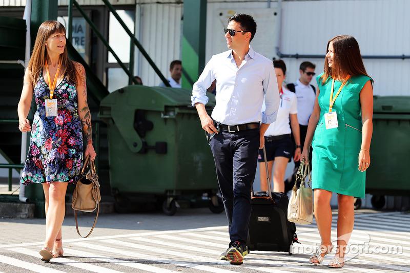 Tanya Jones e Simone Button, McLaren.