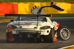 Trouble for the #85 HTP Motorsport Mercedes SLS AMG GT3: Lucas Wolf, Sergei Afanasiev, Stef Dusseldorp