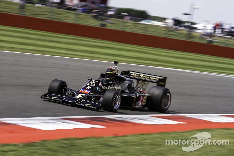 #6 Lotus 77: Max Smith-Hilliard