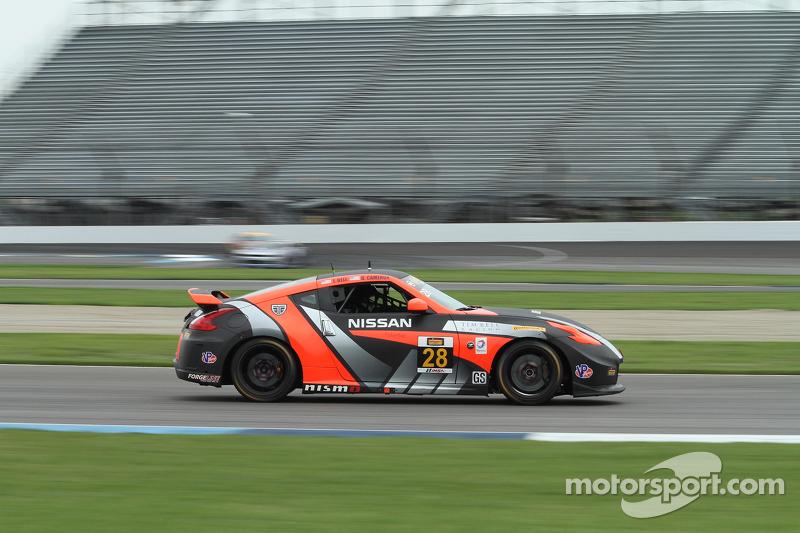 #28 蒂姆·贝尔 Racing 日产 370Z: 蒂姆·贝尔, 达内·卡梅隆