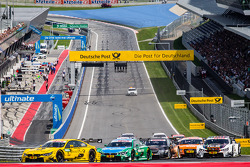 Start: Timo Glock, BMW Team MTEK BMW M4 DTM and Augusto Farfus, BMW Team RBM BMW M4 DTM