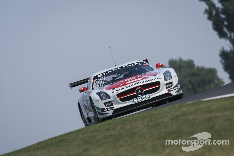 #27 H.T.P. Motorsport 梅赛德斯-奔驰 SLS AMG GT3: 马迪亚斯·劳达, 卢卡·施托尔茨