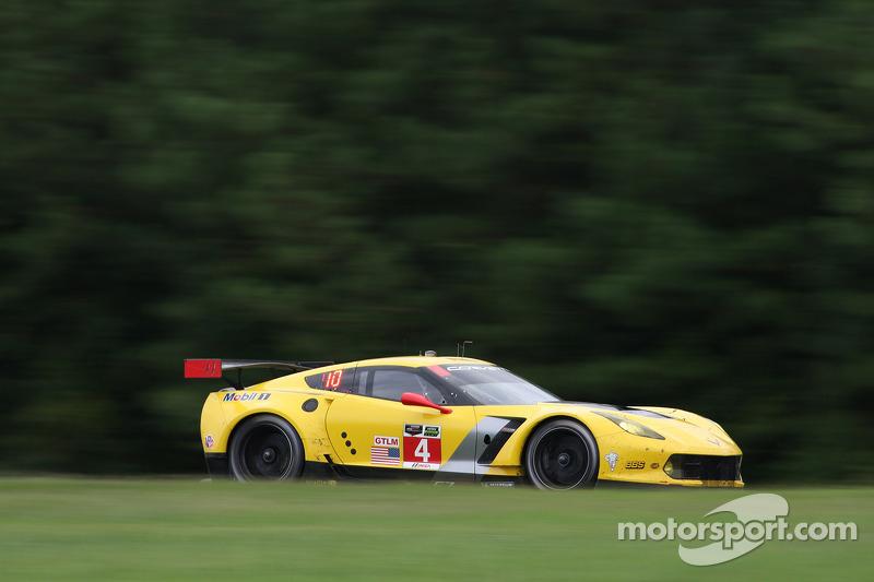 #4 雪佛兰克尔维特 Racing 雪佛兰 雪佛兰克尔维特 C6 ZR1: 奥利弗·加文, 汤米·米尔纳