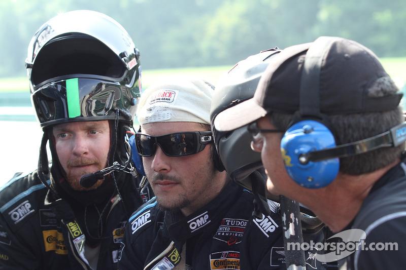 #07 TRG-AMR 车队 一同观看比赛