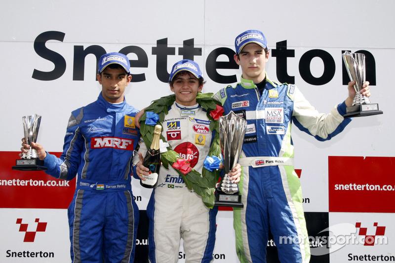 Pódio: Tarun Reddy, Pietro Fittipaldi, e Piers Hickin