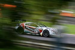 #21 Strata 21 Aston Martin Vantage GT3: Paul White, Tom Onslow-Cole
