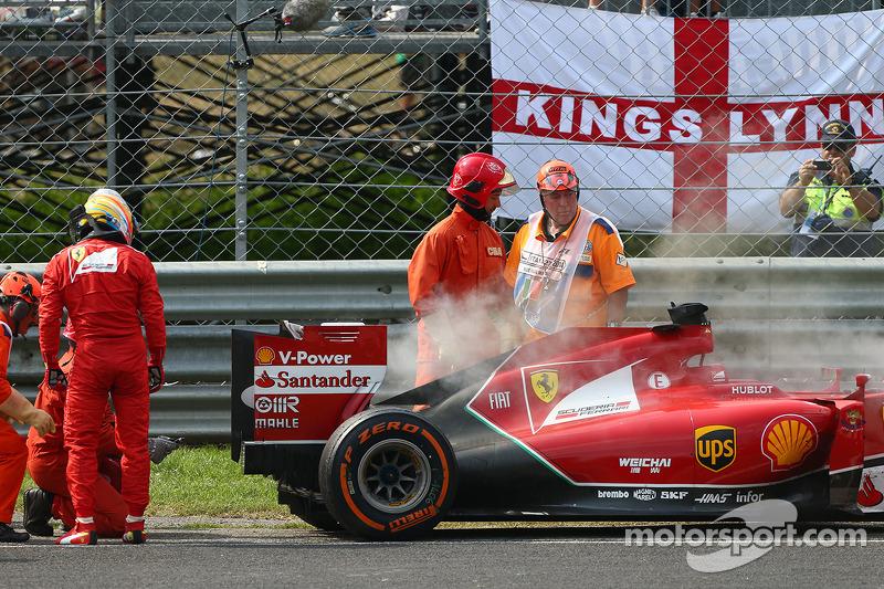 Fernando Alonso, Ferrari se retira de la carrera