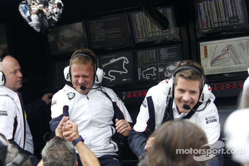 Stefan Reinhold, BMW Team RMG festeggiano il campionato con la squadra