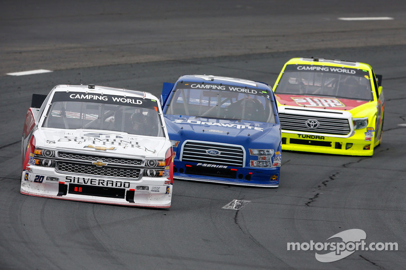 Gray Gaulding ve Tyler Reddick ve Matt Crafton